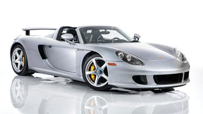 Trong bộ sưu tập xe của Dan Bilzerian có chiếc Porsche Carrera GT lên đến 1,5 triệu đô